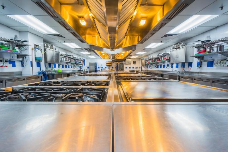 马来西亚蓝带国际厨艺学院厨房设施齐全,坚持提供学生最好的学习环境。