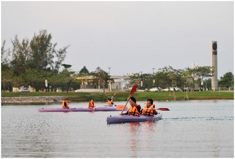 Kayak at UTP Main Lake