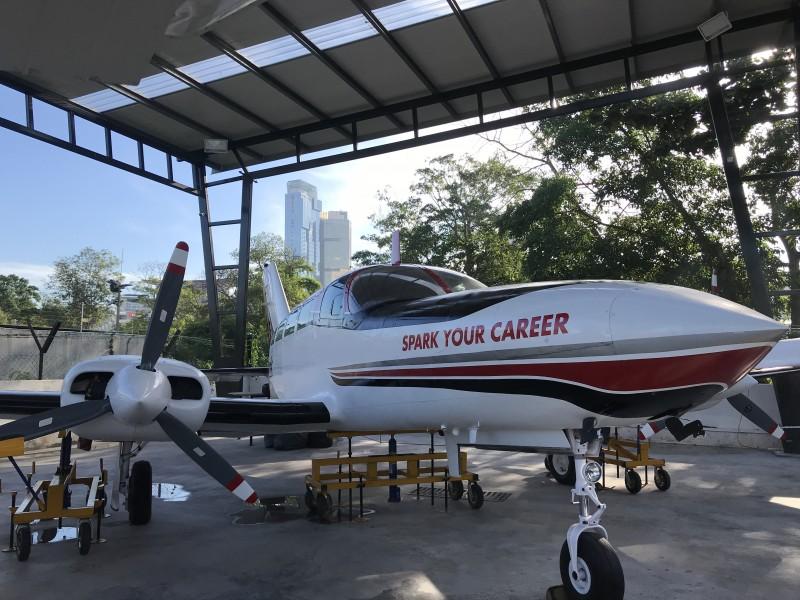 Despark学院提供的飞机维修课程重视务实操作,积极培育技术专才。
