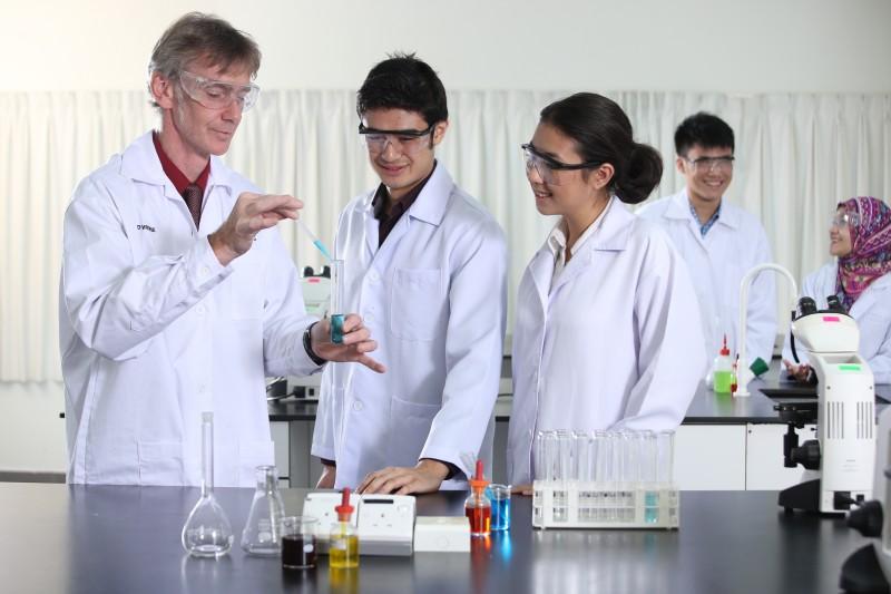 10 Science Laboratories