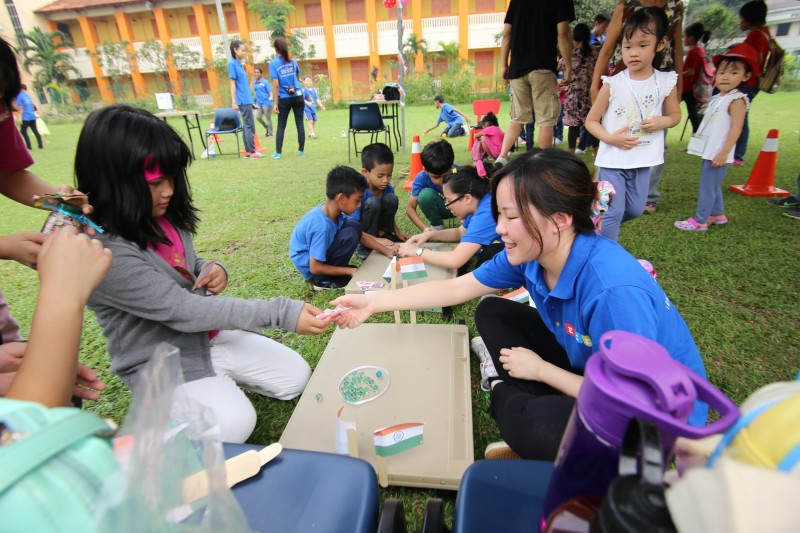 MCKL recognizes the importance of community service to build up students' character as well as help students stand out from other applicants during university application.