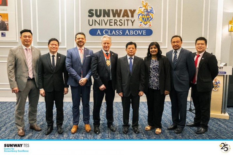 President of ACCA, Mr. Robert Stenhouse visit to the Sunway University campus in July 2019.