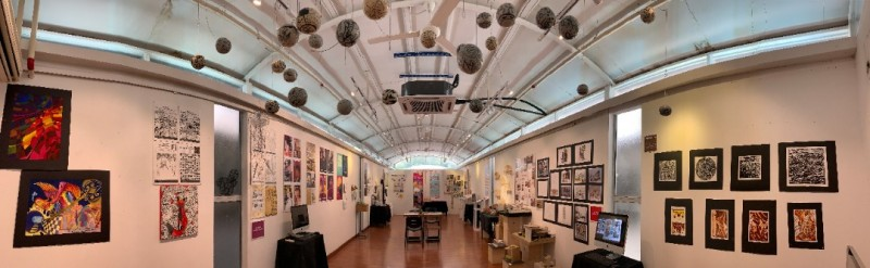"""""""白色工坊""""美术画廊,供展示美术作品"""