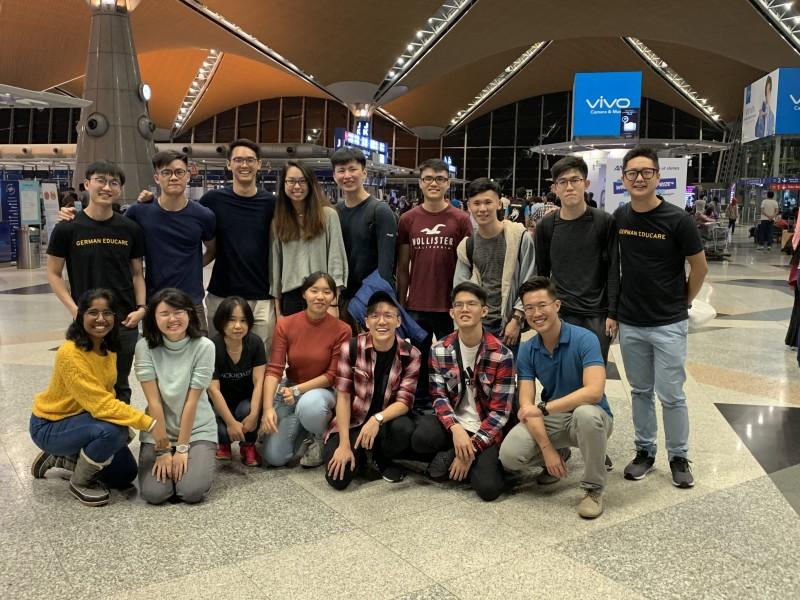 Students flying to Aachen to continue their German language program