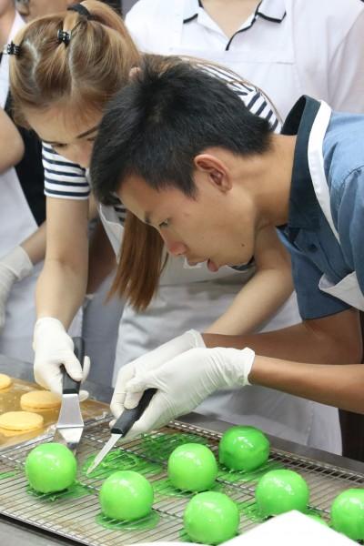 职业探索课程,又称厨艺试读班,学生将亲身体验烹饪与烘培班,并对学院有更深一层的了解。