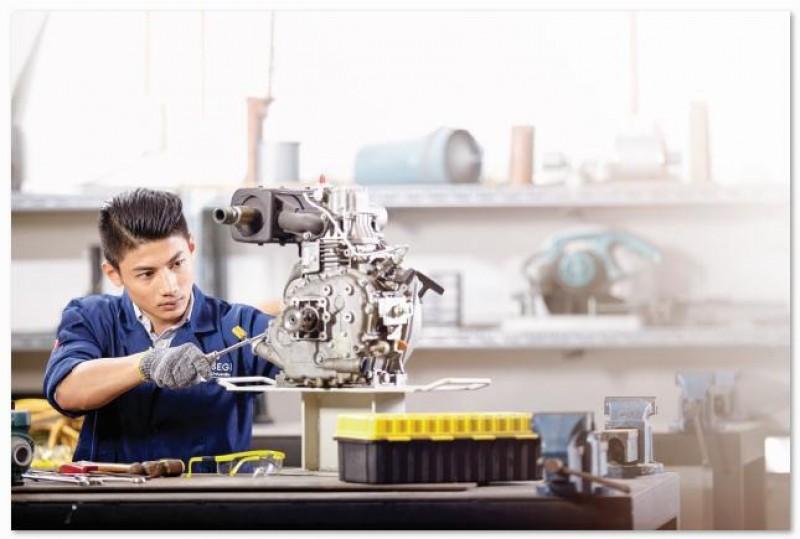 SEGi设有多种实验室让工程系学生进行各项工业应用实验。