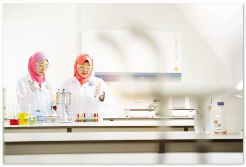 医疗科学系学生将接受严格的实践培训,确保他们获得丰富的实务经验。