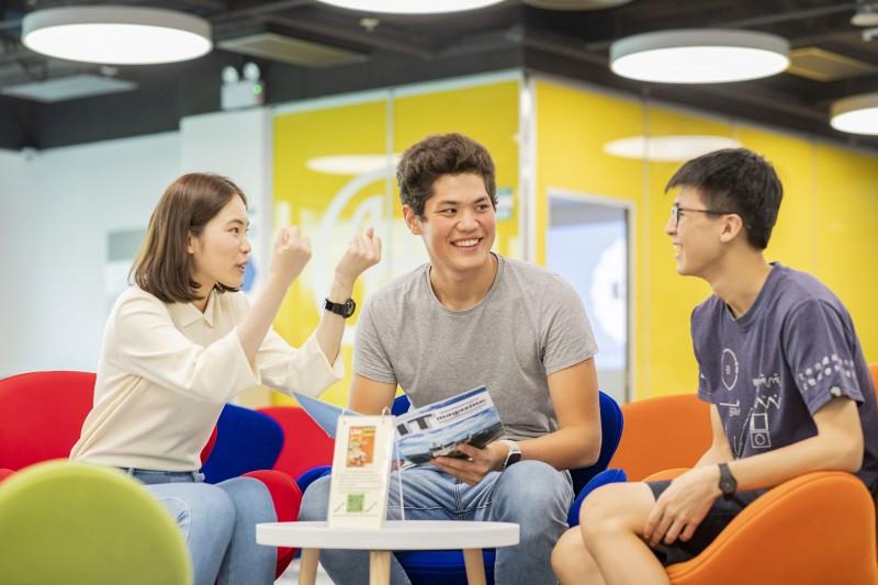 透过一系列的领袖培训活动及课程,培养学生的个人质素及领导才能,使他们能在不同组织中担任领导角色。