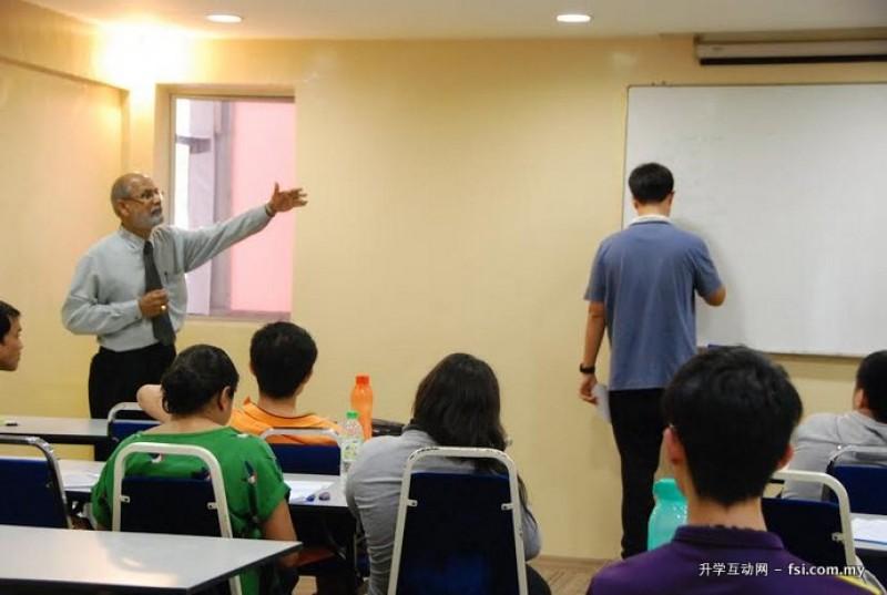 MIB提供专业的师资,培育出素质良好的学生。