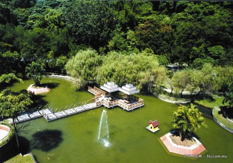 嘉义大学沁心湖风景如画,美不胜收。