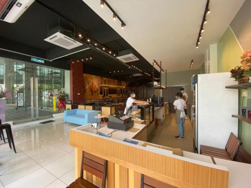 Ducco Cafe