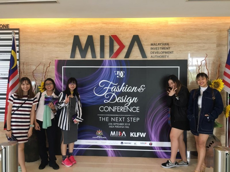 Learning by attending conference while studying at Saito University College