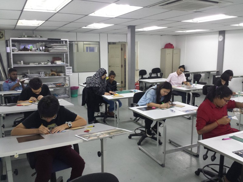 Interior Design class at Saito University College