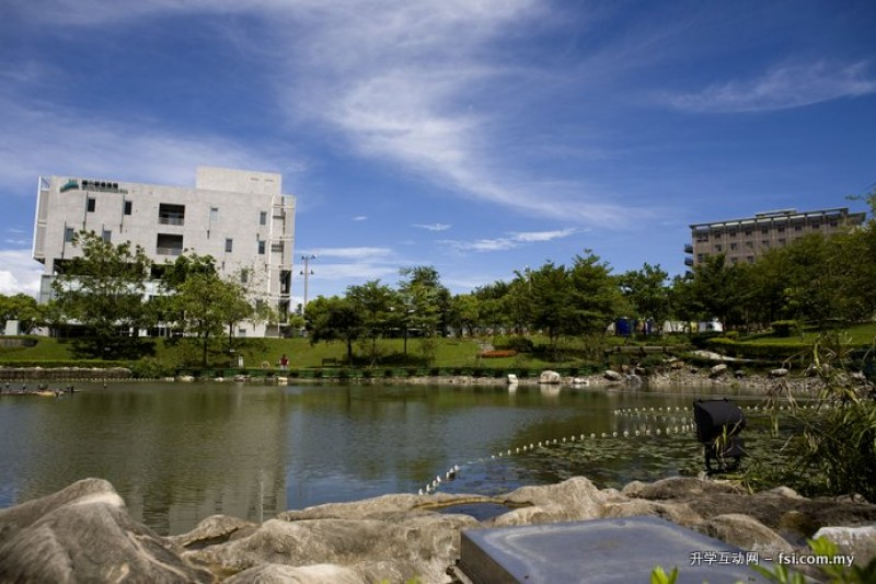 树德科技大学拥有宽广美丽的校园,打造全方位学习环境。