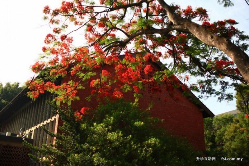 东海大学拥有远近驰名的校园美景。