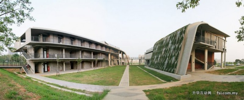 外形不规则的音乐暨美术系馆,形成东海大学特有的建筑风格。