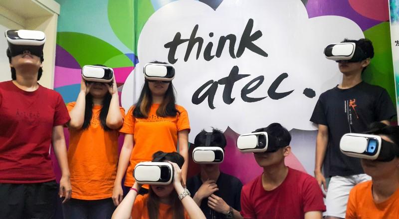 时值人工智慧 (AI)、虚拟现实 (VR) 和增强现实 (AR) 盛行的时候,ATEC展开科技与美学双结合,带领学员迈向新领域。