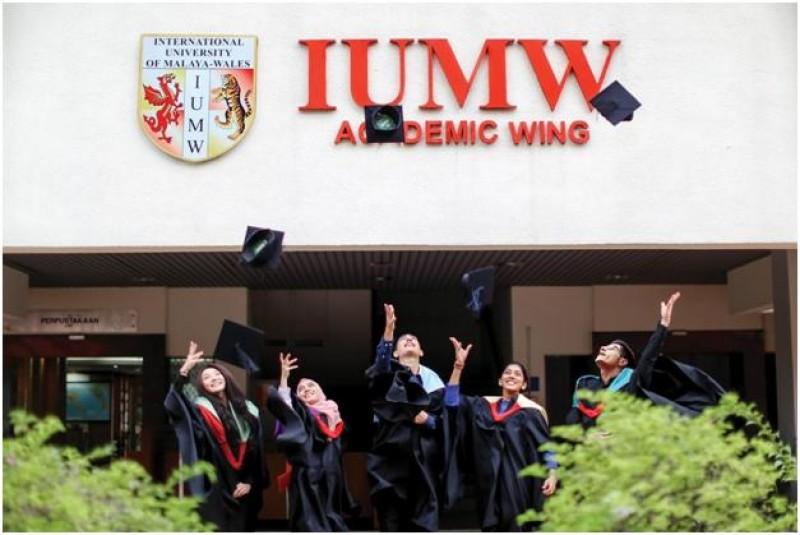 IUMW的所有课程皆获得马来西亚学术资格鉴定机构(MQA)的鉴定及马来西亚高等教育部的批准,课程素质有保障。