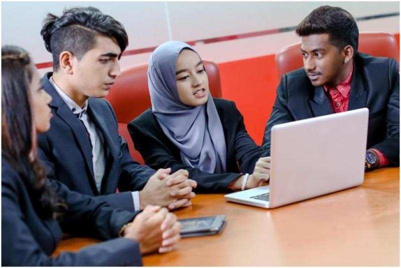 IUMW的课程荣获国际专业机构认证,如:英国特许会计师协会(ACCA) 与 英格兰及威尔士特许会计师协会 (ICAEW) 。