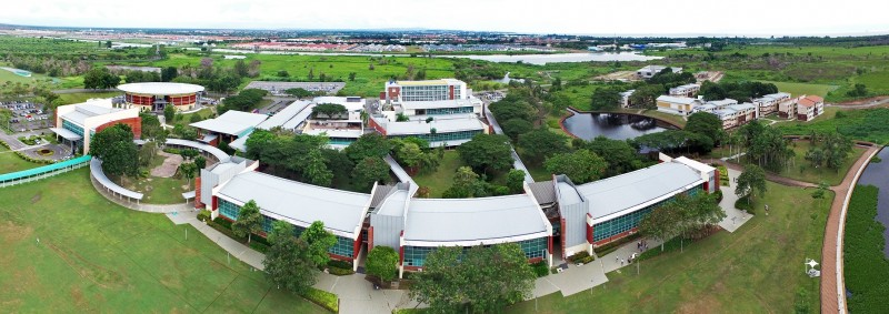 Located on the campus of Curtin University Malaysia in Miri, Sarawak, the environment is quiet and pleasant.