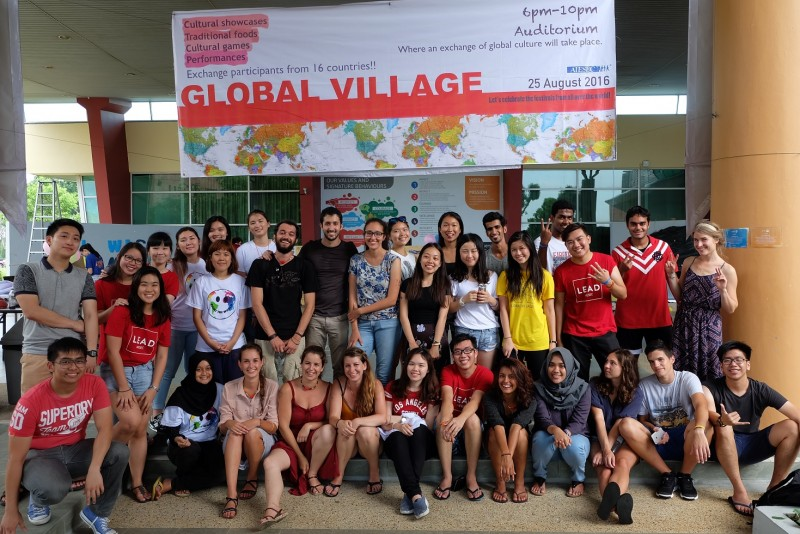 全球村活动是由国际经济与商业科学学生协会(AIESEC)科廷大学马来西亚分校分会举办。