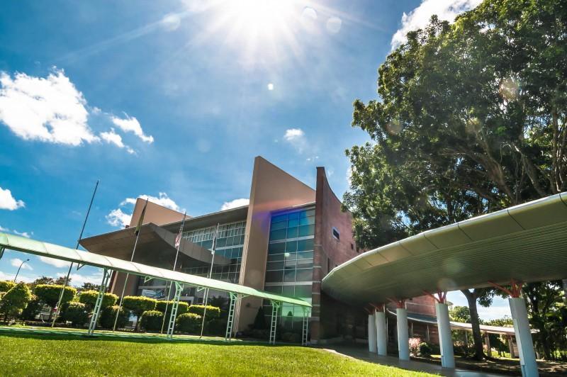Campus ground
