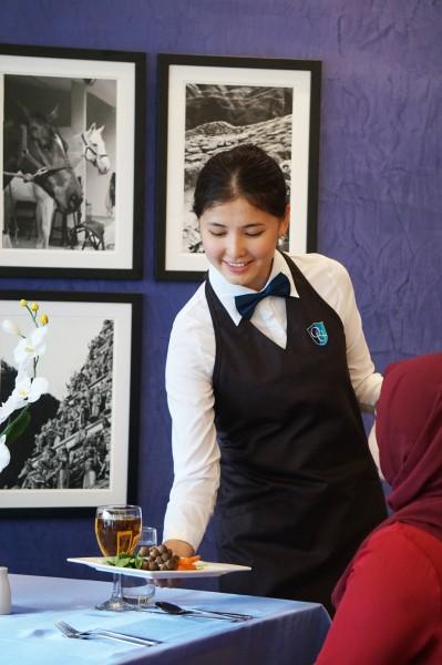QIUP的精致餐厅确保学生得以汲取宝贵的实务经验, 让学生未来在相关职场上胜任自如。
