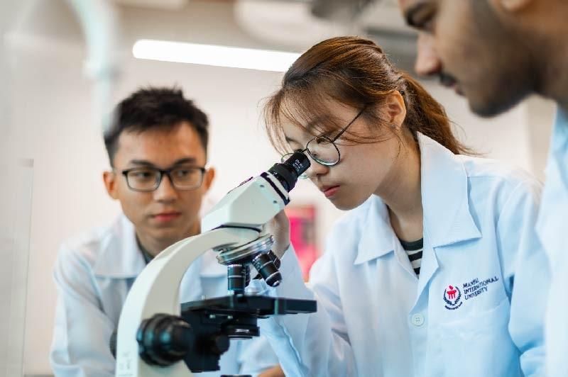 Manipal国际大学拥有最先进的科技与器材, 让学生进行有效的实务学习。