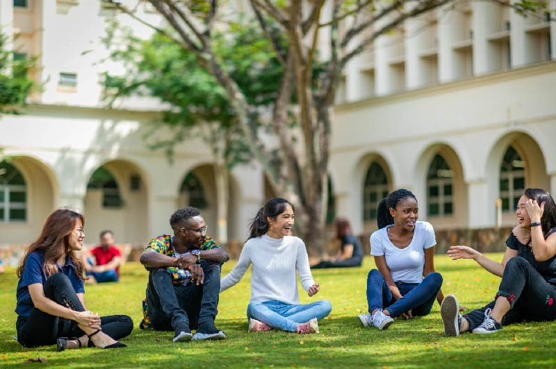 Manipal国际大学以拥有丰富业界经验的国际化师资、来自不同文化背景的国际学生和全人教育打造了最佳的国际教育环境。