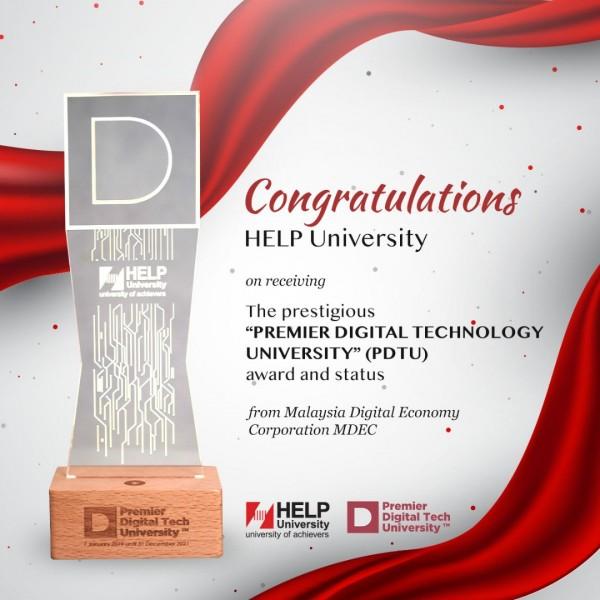精英大学荣获马来西亚数据经济机构颁发首要数据科技大学奖状,表扬该大学在电脑科技研发所取得的成就。全马获此荣誉的私立大学只有五所,精英大学是其中之一。