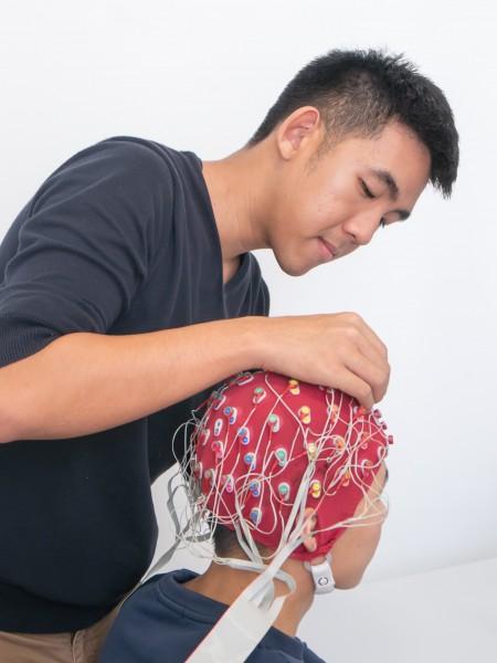 精英大学心理学课程有超过1千300名全职学生,是国内具有声望的心理学本科课程。