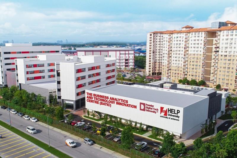 商业数据分析及科技创新中心(BATIC)-总造价马币1,500万令吉, 位于Subang 2 校区。延续第一期发展计划, 并与业界及金融 机构联手打造科技企业家培育中