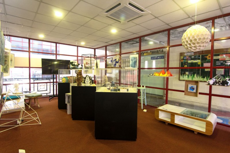Art Gallery by Faculty of Art & Design