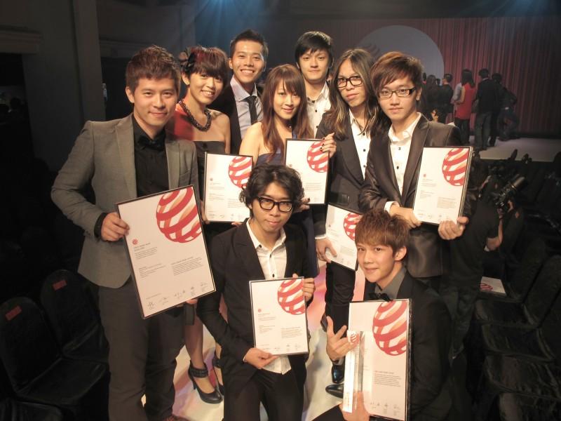 臺北科大工業設計系每年代表本校拿下各項設計大賽(如德國紅點、iF )上的大獎,目前排名居冠全台。