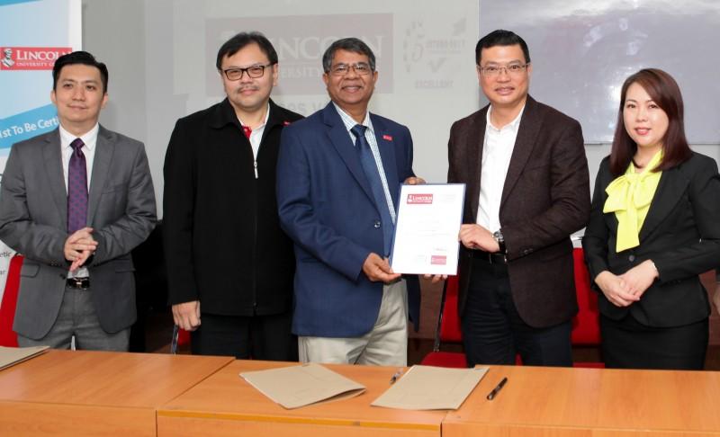 2020年1月9日,CAA美容商管学院 ( Celmonze Aesthetic Academy )正式与马来西亚林肯大学 Lincoln University College成为联盟学校,在2020年为CAA谱写历史性的一页!