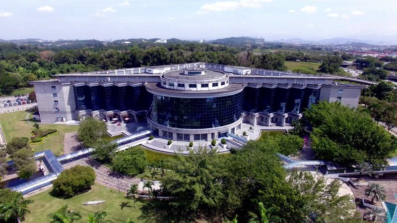 国能大学行政楼