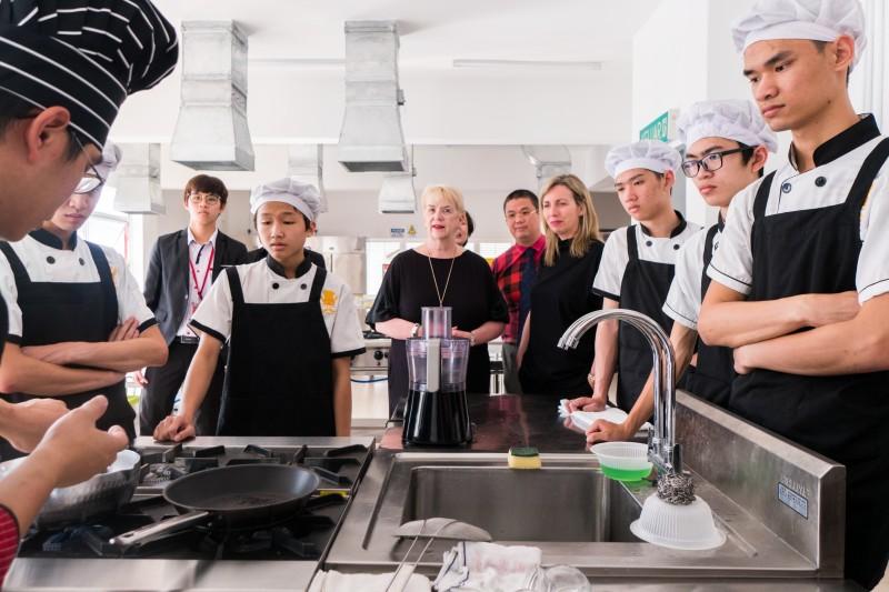 West College Scotland 校长到访参观Etasgo Academy KL 分院