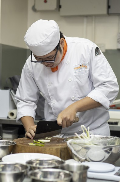 Students will master the skills of Chinese cooking techniques and methods.
