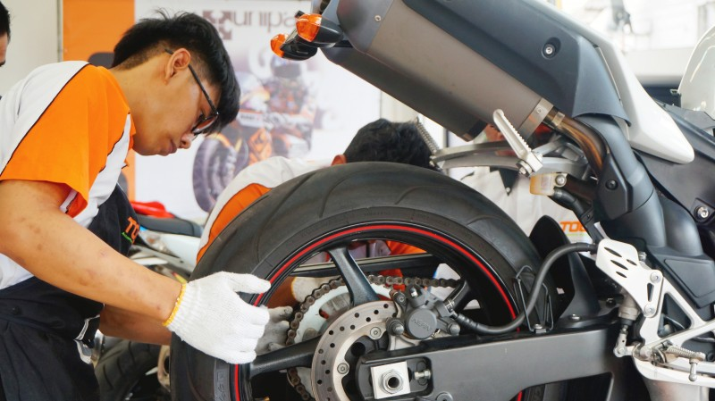 The Superbike Technician Course is the first of its kind in TOC! You will learn how to install, maintain, repair and replace motorcycle parts.