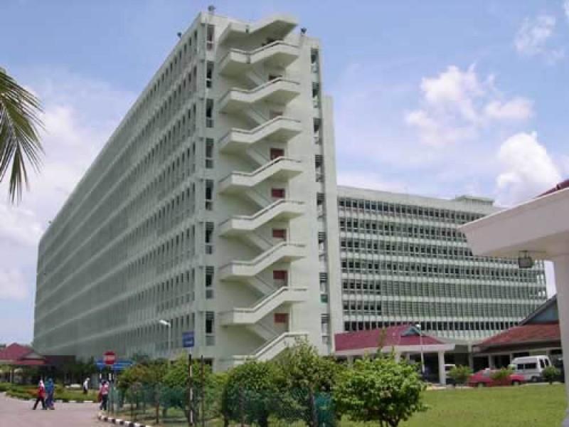 成立于1982年的理大医院(Hospital USM, HUSM)与理大医学系分校为邻。此医院除了提供基本的医疗服务,也在医药领域进行多方面的研究。理大医学系分校的学生须到此完成实习,亲自体验医生的工作,并累积相关的经验。